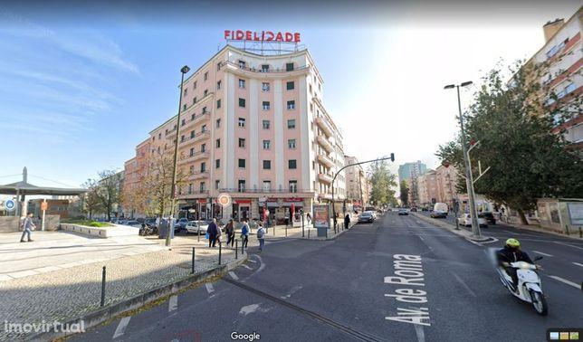 Alugo T4 / Lisboa / Av. de Roma