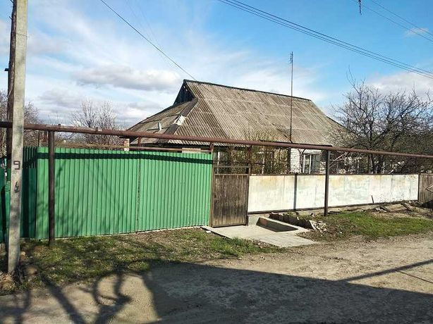 продаю дом в жилом состоянии