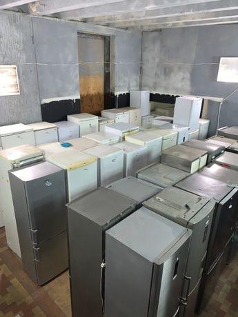 Склад холодильників Б/В. Біля 250 одиниць Ціни від 1700 до 15000 грн