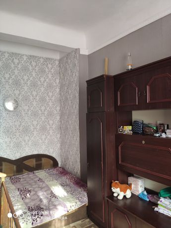 Продам двухкомнатную квартиру в Жeковском доме
