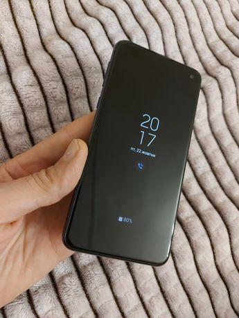Samsung S10e, G970F, 6/128, идеальное состояние