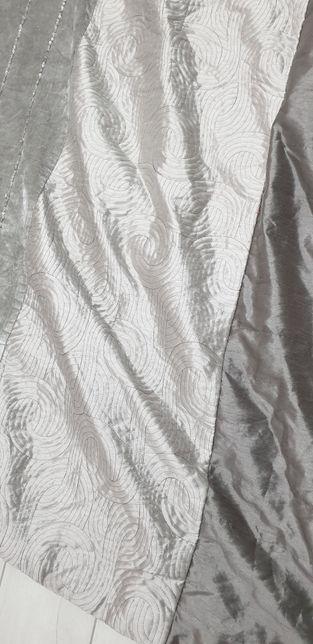 Narzuta na łóżko szara srebrna 220/135