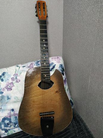 Продам гітару. Ексклюзив.