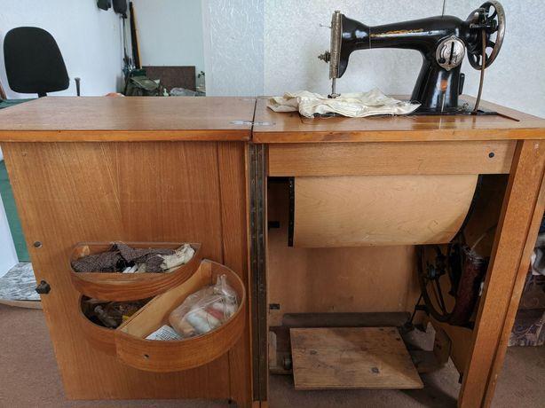 Швейная машинка ПМЗ имени Калинина