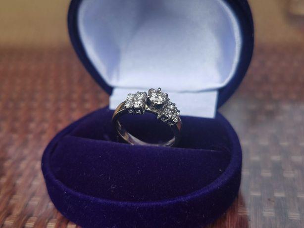 OKAZJA !!! Złoty pierścionek z brylantami 0,85ct.( z certyfikatem )