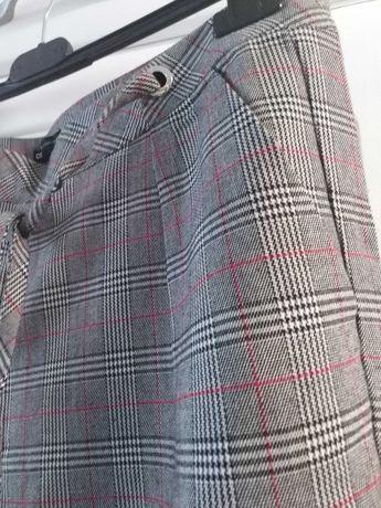 Spodnie w modną kratkę  stan Idealny rozm.42 /XL