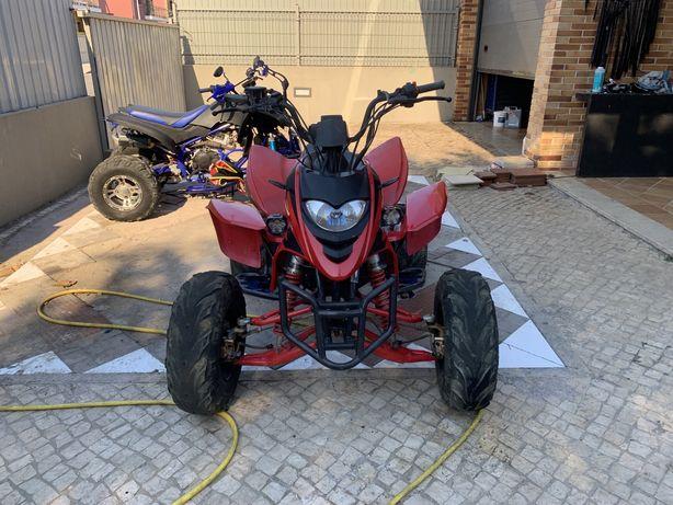 Moto 4 shineray 250cc