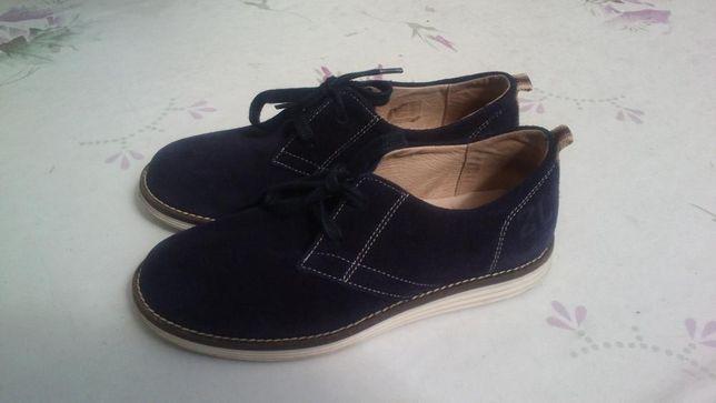 Vendo Sapatos de Cerimónia de Menino