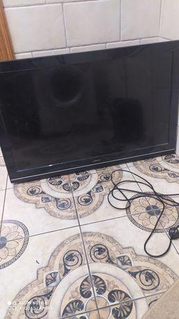 Продам телевизор на запчасти