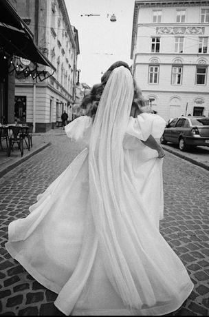 Казкова весільна сукня. Весільне плаття