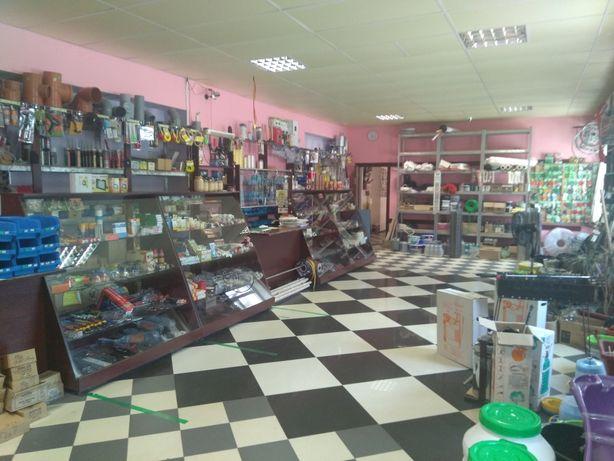 Кафе-Маркет та Буд-Маркет діючий бізнес в центрі Зеленого Бору