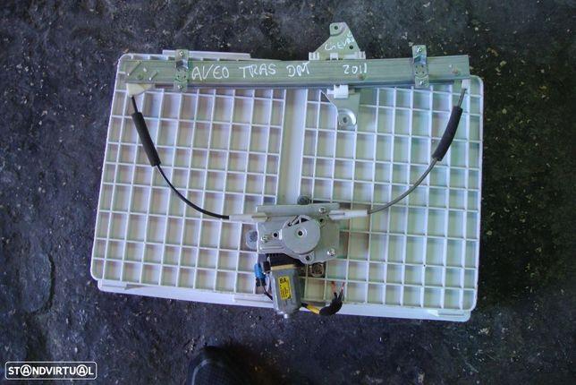 Elevadores traseiros eléctricos Chevrolet Aveo/2006