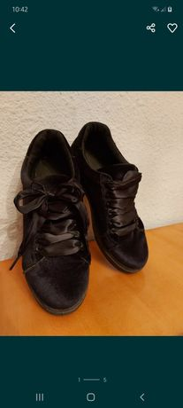 Черные кроссовки, женские,велюровые