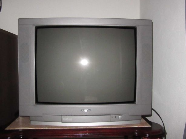 Televisão SANYO (ecrã de 72cm na diagonal)