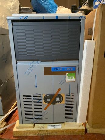 Maquina de gelo nova, marca barline , 30kg dia
