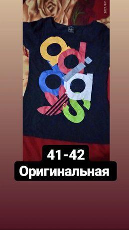 Чёрная футболка Adidas