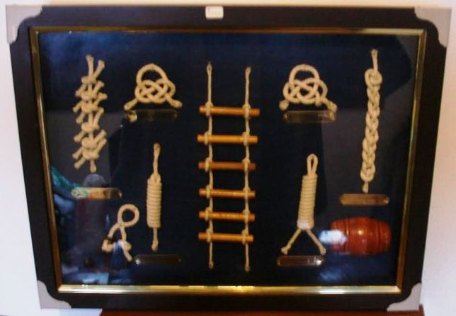 quadro de colecção c/alguns nós de marinheiro,escada, impecável,c/novo