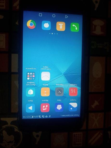 Продам телефон Huawei y6 (2)