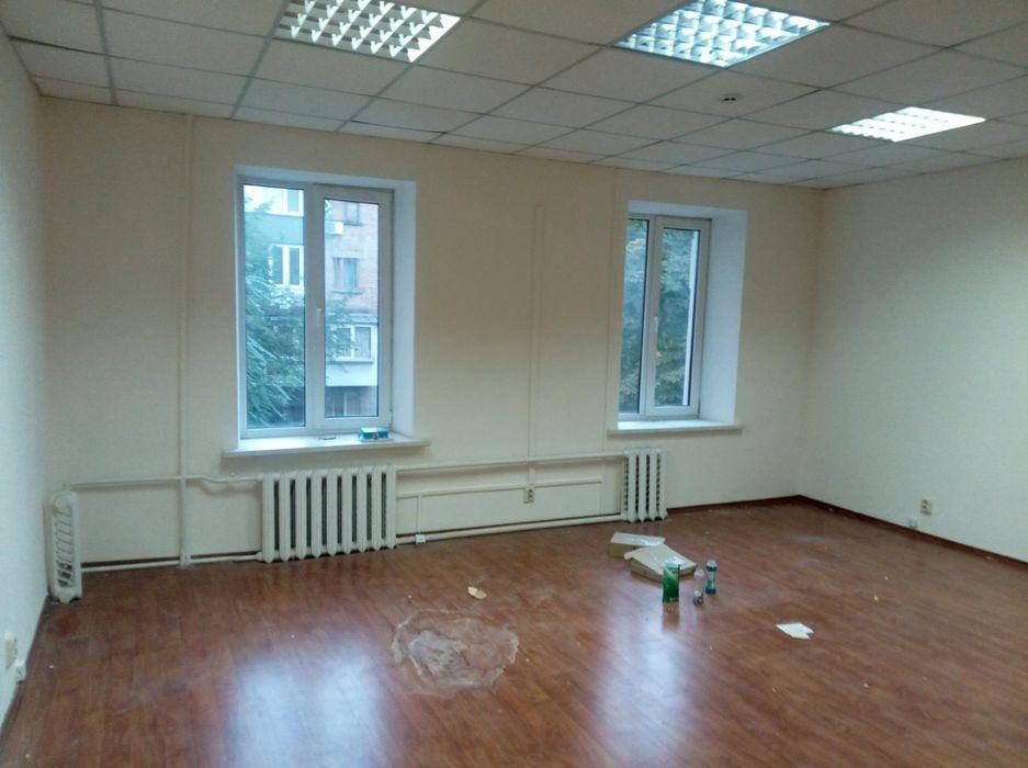 Современный офис 39 м2 с ремонтом ул Жилянская рядом ЖК Чикаго Киев - изображение 1