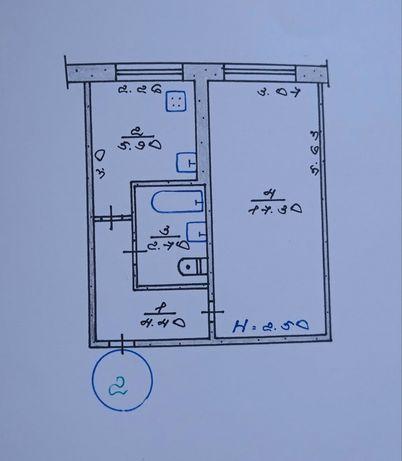 Продаю однокомнатную квартиру по улице Космонавта/32