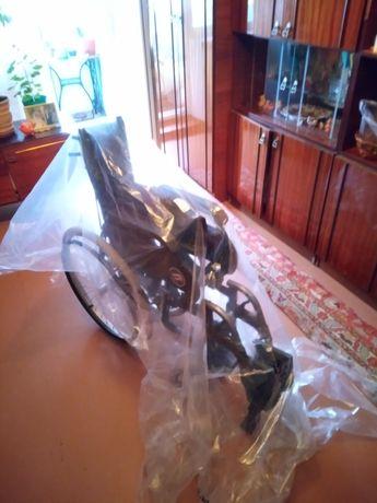 Продается инвалидная коляска новая!