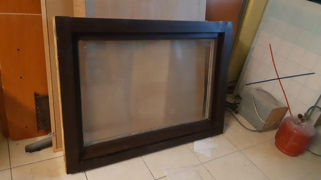 Okna drewniane dwuszybowe,uchylne