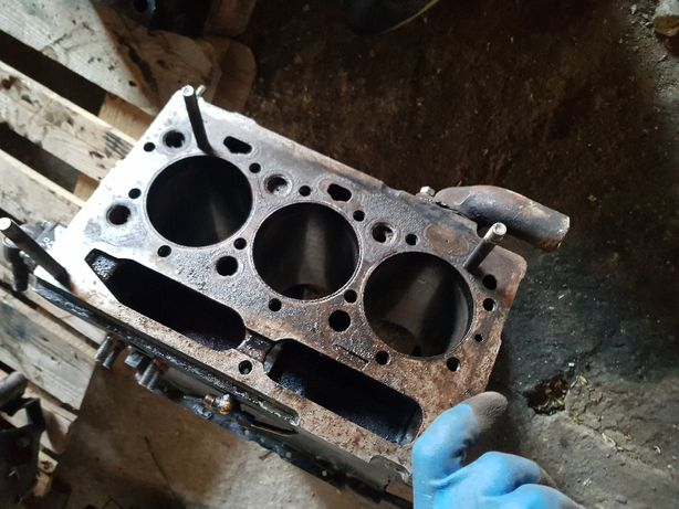 blok ursus c360 3p ferguson silnik na czesci glowica