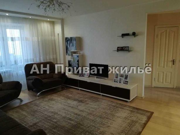 Чудова 3-кімнатна квартира з АО на Мотелі!