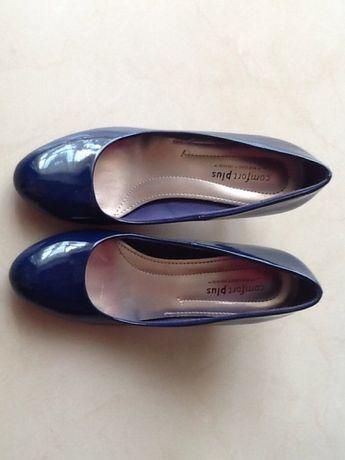 Лакові туфлі лодочки балетки
