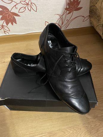 Продам взуття 43-44 розмір, натуральна шкіра
