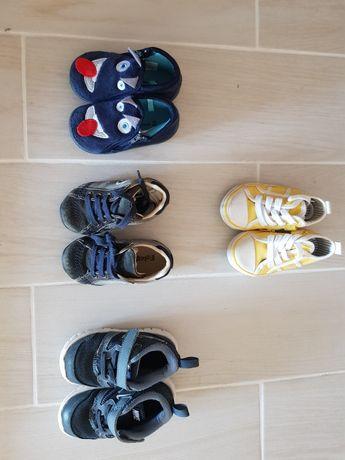 Calçado  de menino tam 19, 20 e 22