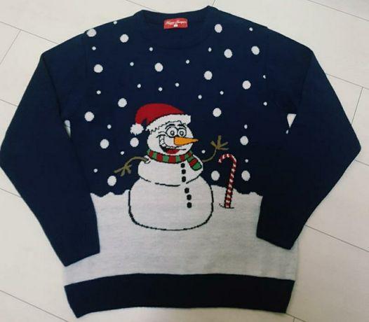 Продам новогодний свитер, снеговик