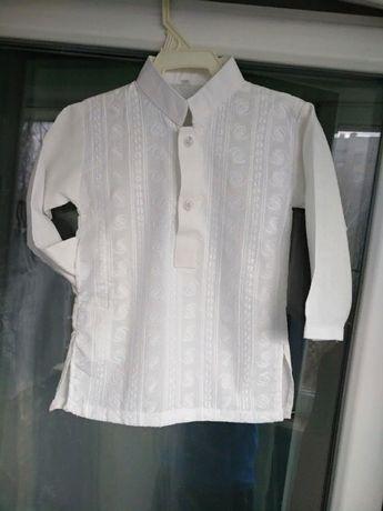 Модная нарядная рубашка с вышивкой р.98 мальчику 3-4года белая сорочка