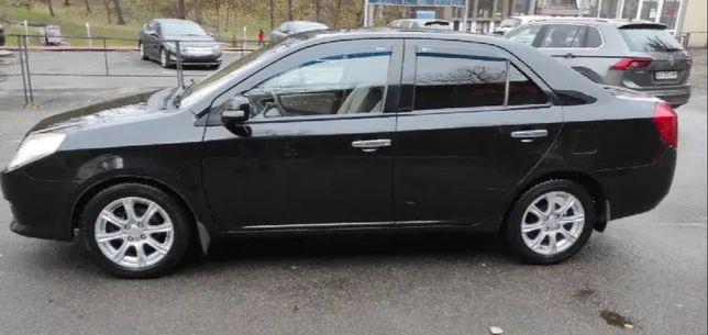 Машина продаю Gely MK