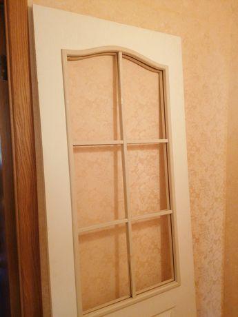 Дверь межкомнатная новая со стеклом