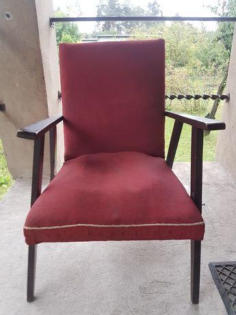 Fotel z epoki  PRL