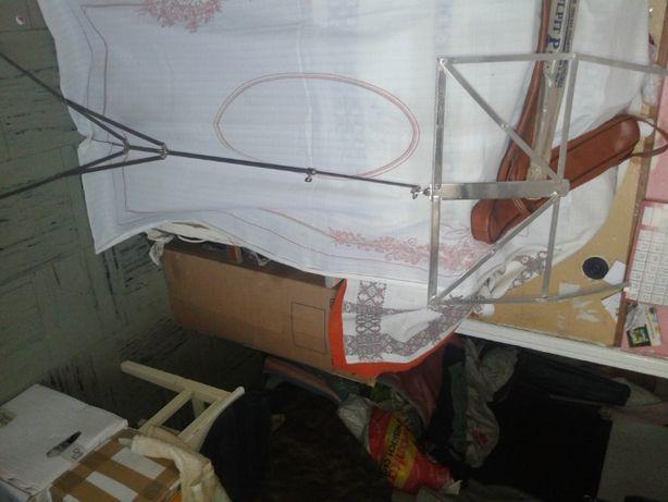 Nowy metalowy stojak na nuty pulpit