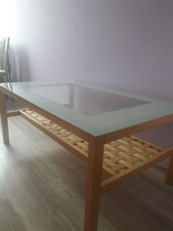 Ikea ława stolik z litego drewna hartowana szyba.
