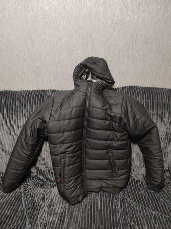 Новая теплая куртка осень весна