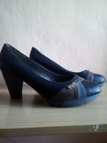 Туфли прогулочные
