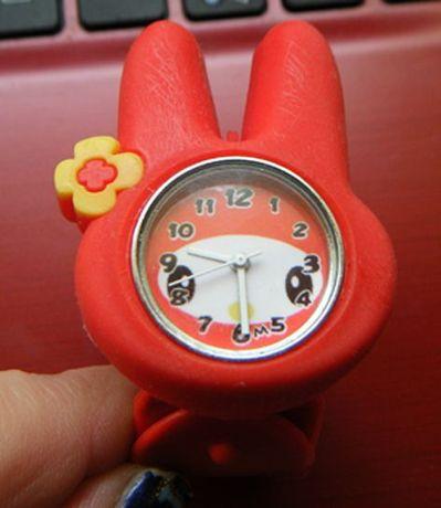 Часы браслет оправа детские заяц красные зайчик