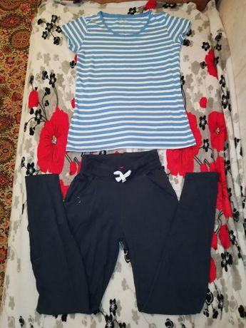 Літній костюм штани і футболка