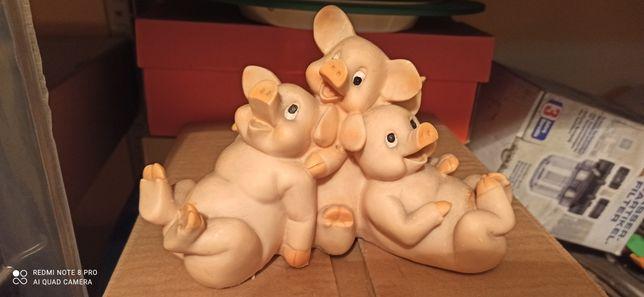 Świnki trzy - figurki.