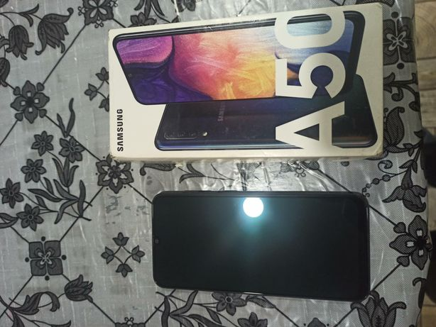 SAMSUNG Galaxy a50 6/128