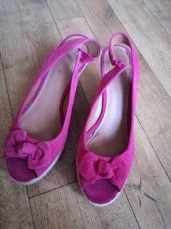 Buty, sandały r. 39