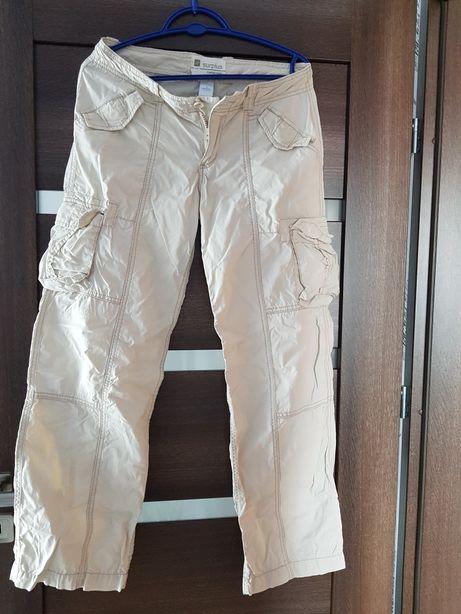 Spodnie damskie GAP beżowe, sportowe