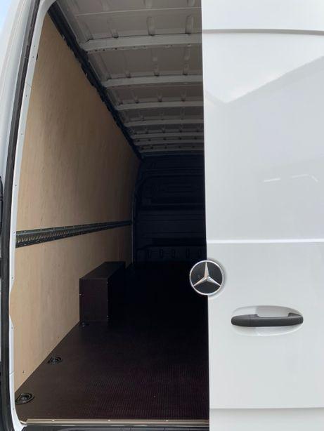 Zabudowa busa furgonu Mercedes Sprinter L4H3 zabudowa sklejka
