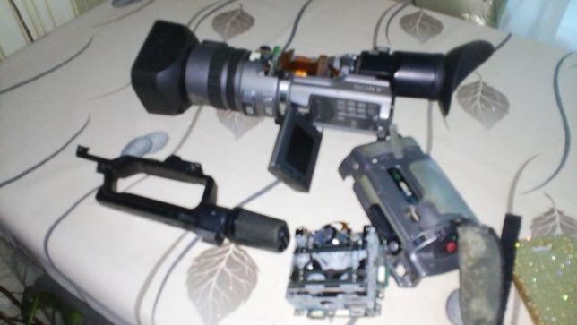продам видеокамеру Sony DCR-VX2100E на детали