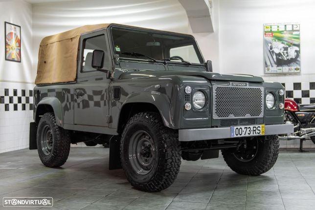 Land Rover Defender 90 2.5 Td5 Soft Top
