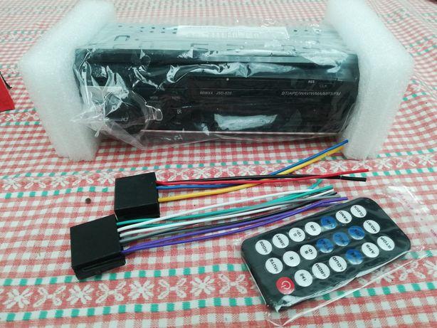 Vendo auto radio, USB, Bluetooth, rádio, sd, 60w